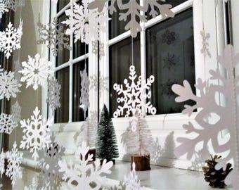 Snowflake Garland, White Christmas Garland, Holiday Window Decoration Holiday Garland, White Christmas Decoration, Winter Wedding Garland