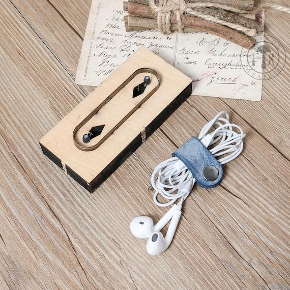 Workonleather Diy Earphone Cord Keeper Leather Cord Organizer Earbud Holder Cutting Die For Die Cutting Machine Handicraft Cutter