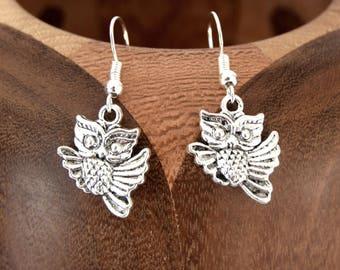 Cute little earrings silver nugget silver clips