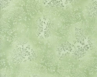 Fusions Collection Green Leaves Fabric Screen Print D#8113 From Robert Kaufman