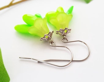 Fall flower tulip earrings - acrylic lucite dangle - colorful bright jewelry - Green or Blue