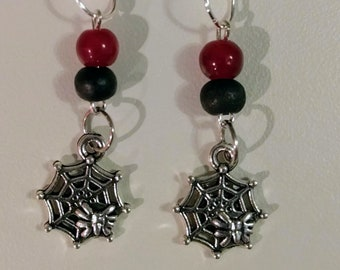 Will you walk into my parlor?  Spider in web earrings with black and red beads