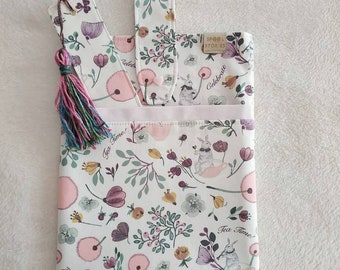 Book sleeve / book cover / book bag / book pouch