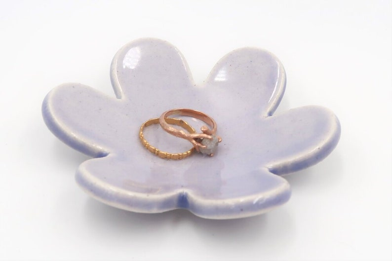 Flower Power Ring Dish