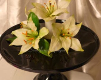Easter Lillies   ( by min 6 pc. )