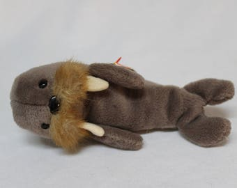 Ty Beanie Baby Jolly the Walrus