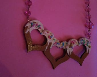 Heart cake statement necklace