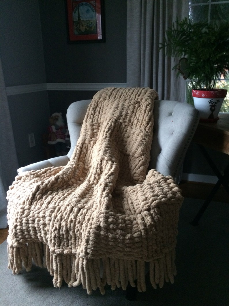 Soft Cozy Extreme Knit Bedding Jumbo Chenille Throw Chunky Knit Blanket Beige Fringed Afghan