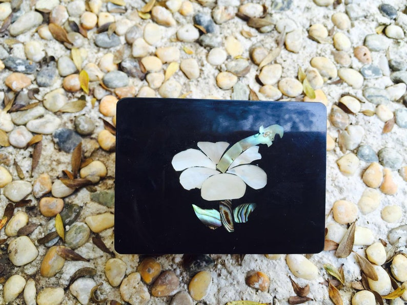 Pawa Shell Jewelry Box