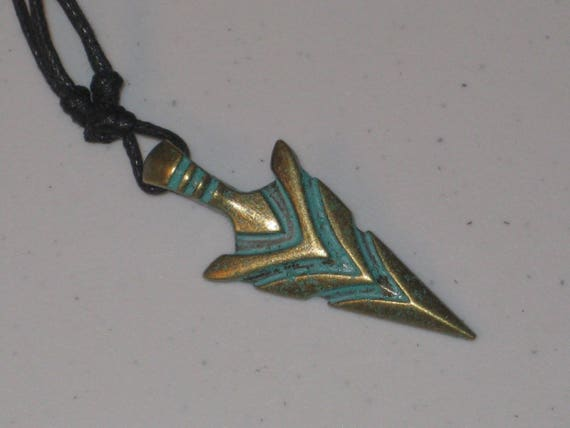 Arrow head pendant, with adjustable necklace.