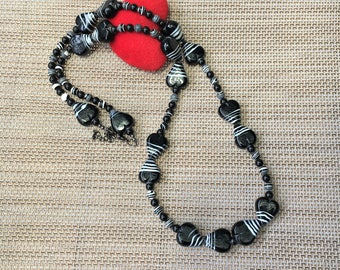 Black and White Ceramic Bead Necklace, White and Black Necklace, Striped Necklace, Long Necklace, Opera Necklace, Heart Necklace,