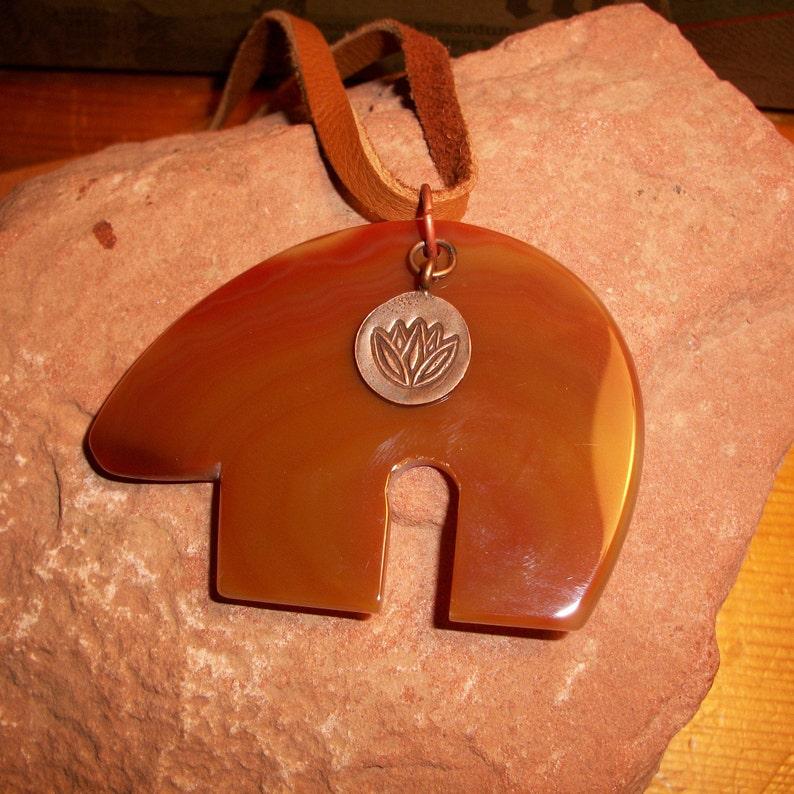 Agate Zuni Bear Hill Tribe Copper Lotus Buck Skin Necklace