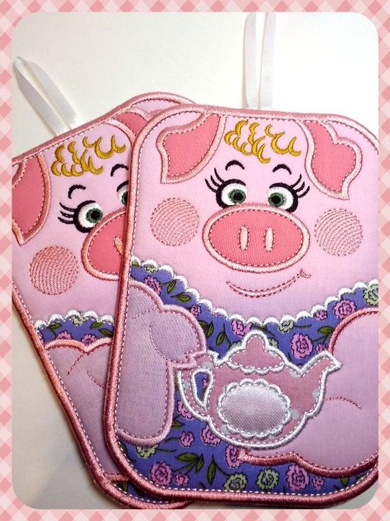 Digital Download Embroidery Machine Pattern DIY Trivet Machine Embroidery Design Mug Rug Kitchen Decor Pig Hot Pad