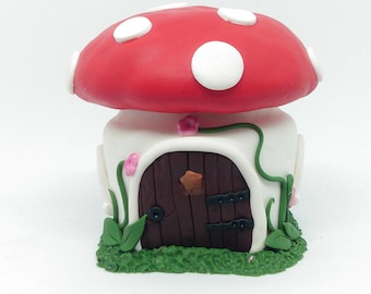 Small light-up fairy toadstool house