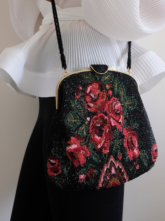 1980s does the 1950s Beaded Rose Purse// Vintage F