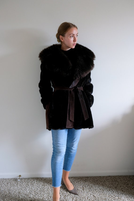 1980s Leather Coat with Large Faux Fur Collar// Vi