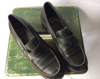 Vintage Black Leather Mootsies Tootsies  Okra Loafer
