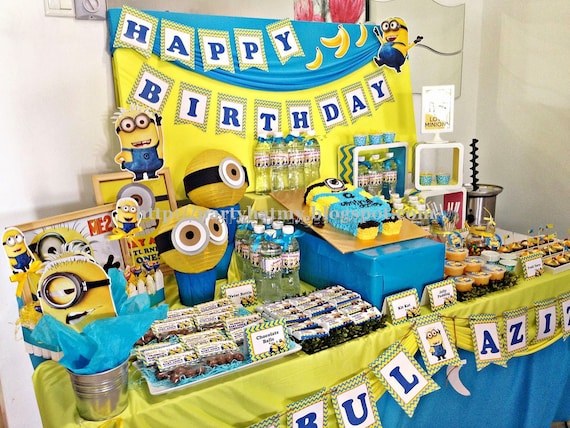 Deluxe Minions Party In A Box Birthday