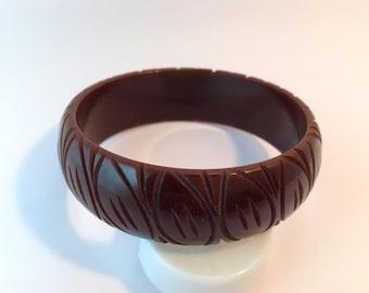 Bakelite bangle Bracelet carved rich chocolate brown