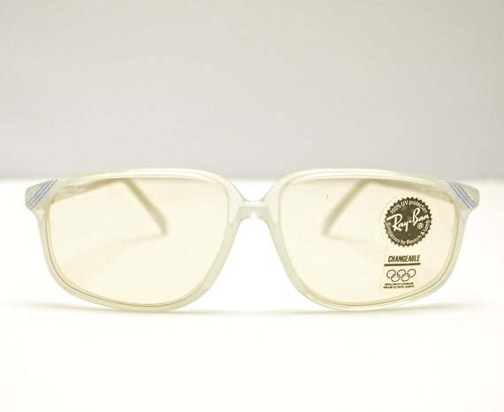 0d598f79bec Vintage 1990 s Deadstock RAY BAN MALIBU Sunglasses Nos
