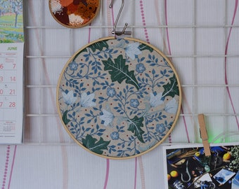 Wall hanging embroidered hoop floral wall art framed decor for craftroom embroidery hoop ornament vintage vibes nature hand embroidery