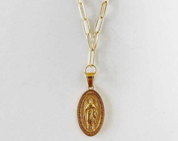 Golden Medallion Pendant Necklace
