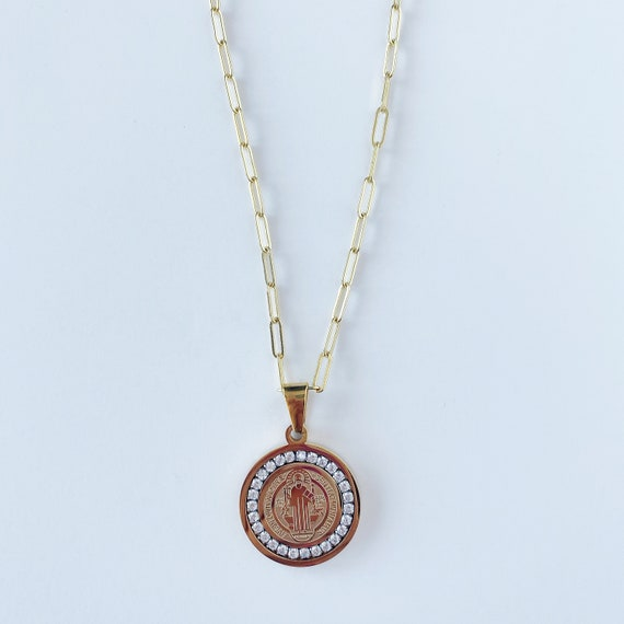 Studded Medallion Chain Link Necklace