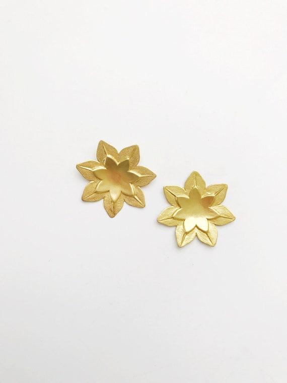 Large Flower Post Earrings