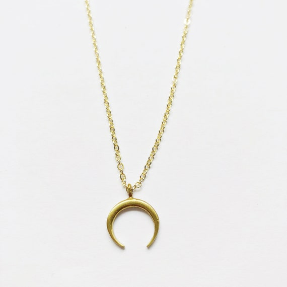 Simple Horn Necklace