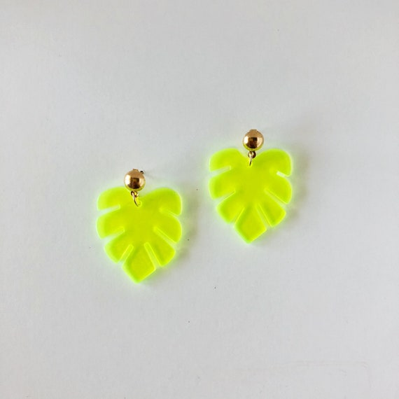 The Kelly Earrings in Neon Yellow
