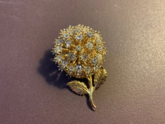 Vintage 1970s Gold & White Austrian Crystal Flower