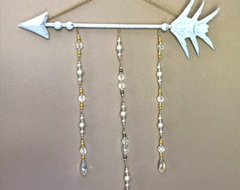 White and Gold Arrow Wall Decor