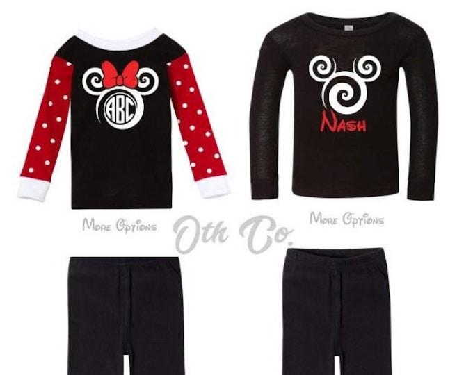 Disney pajama sets,Disney kids pj sets,Disney gift ideas,Disney trip kids gifts,Personalized Disney pajama sets,Minnie Mouse pjs,Mickey pjs