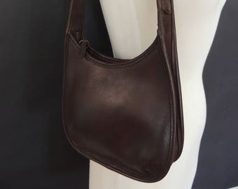 83afd32726 Vintage Coach Small Shoulder Hobo Brown Leather Purse Made in USA 9020  Style Ergo