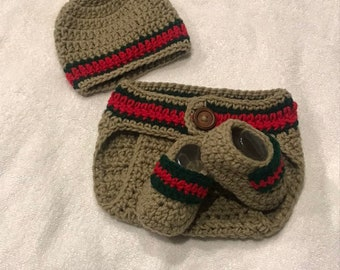 abc6d83d Gucci inspired crochet baby boy set (diaper cover, booties, & hat)