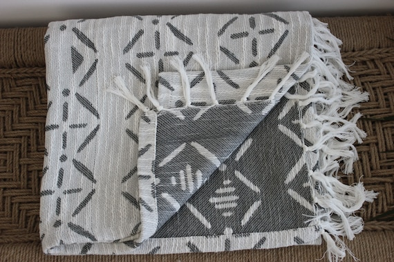 Miraculous White Grey Throw Blanket Couch Cover Sofa Cover Woven Throw Sofa Throw Bed Throws Picnic Blanket Beach Blanket Boho Throw Blanket Creativecarmelina Interior Chair Design Creativecarmelinacom