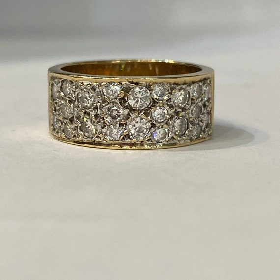 Vintage Gold and Diamond Band Ring , 1970's