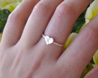 Mini heart ring - silver