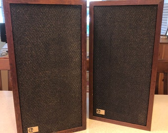 Vintage EPI 100M 2 Way Bookshelf Speaker