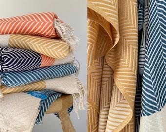 Throw blanket, blanket, handwoven throw, sofa throw, turkish blanket, throw, navy blanket, sofa blanket, throw pillow, boho decor, boho