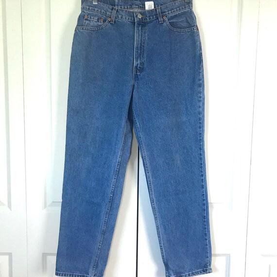 Vintage Levi's 512 Slim Fit Straight Leg Mom Jeans - image 3