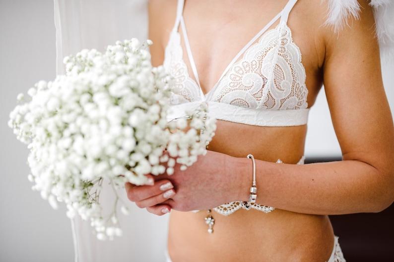 659b72af14d27 Adore me bridal set