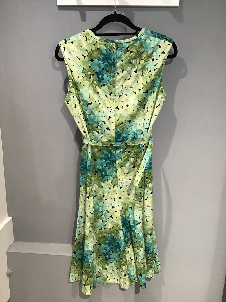 current UK 16 Vintage 80s Linda Leigh floral sleeveless dress