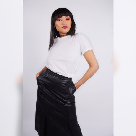 Minimalist High Waisted Leather Ruffled Skirt - image 3