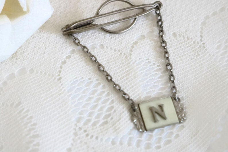 Men/'s art nouveau suit and tie accessories Tie bar with N initial celluloid pearlescent insert and silver tone metal