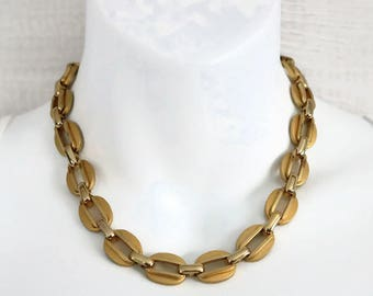 Beautiful vintage late mid century Statement Necklace, Gold tone metal link choker to collar necklace, chunky ladies jewelry, 1970's era