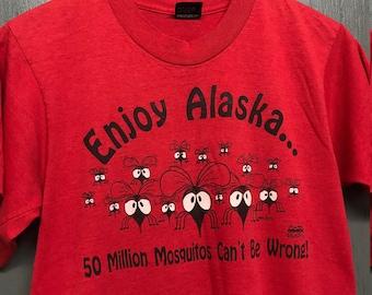 S vintage 80s/90s Alaska Mosquito screen stars tourist t shirt
