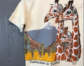 S * Vintage 80s Busch Gardens Tampa FL Extinction Is Forever giraffe t shirt