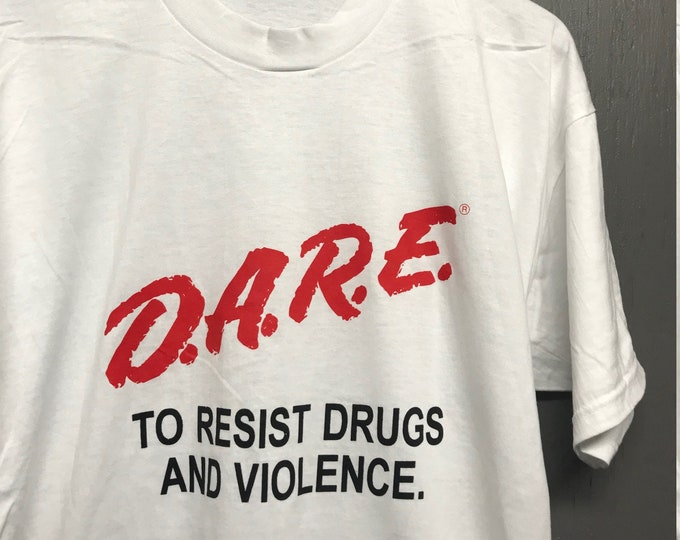 XL nos vtg 90s DARE to resist drugs and violence t shirt