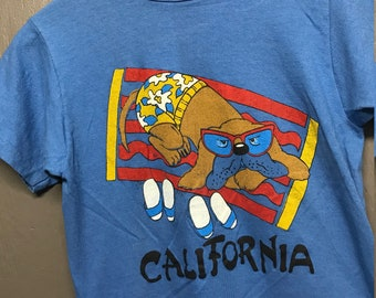 XS vtg 70s California beach dog t shirt